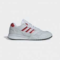 EE5399 Adidas A.R. TRAINER